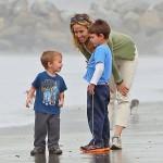 Sheryl Crow with her kids